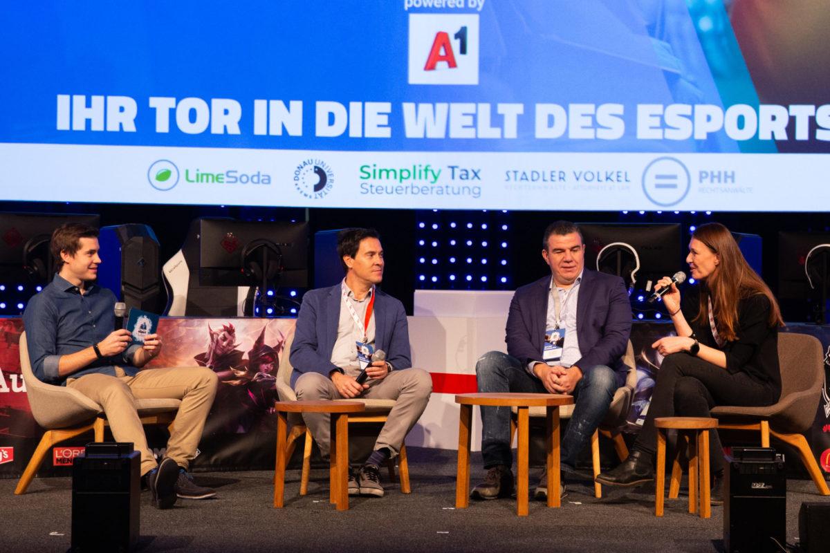 eSport Summit Bühne Digital